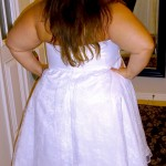 plus size curvy bride